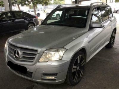 käytetty Mercedes GLK250 CDI BE 4MATIC *SPORTS PACKAGE* COMAND*PANORAMA*ILS* R20* YMS!!