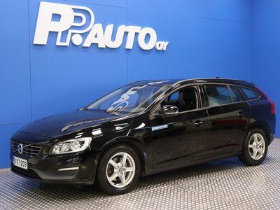 käytetty Volvo V60 D2 Kinetic Edition - 1000€:sta S-bonusta* Korko 0,99%**, 72 kk, ilman käsirahaa