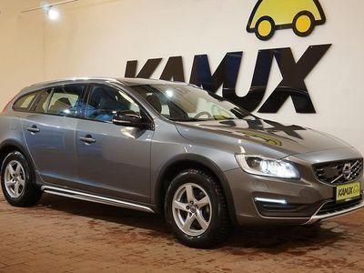 käytetty Volvo V60 CC D4 AWD Summum aut **KOUKKU**VOC**WEBASTO**