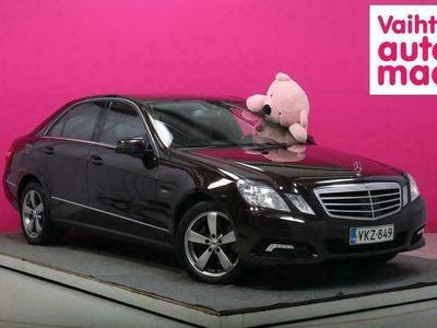 käytetty Mercedes E350 CDI 4Matic A #Juuri tullut #Webasto #Adapt.vakkari #Navi #Vetokoukku #Suomi-auto