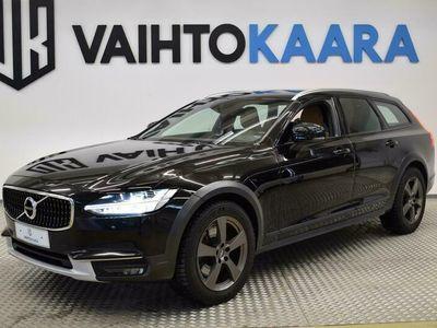 käytetty Volvo V90 CC D4 140 kw AWD Business Advanced Aut # Webasto, Adapt.Vakkari, Nopeusrajoitus näyttö, Nahkaverhoilu,
