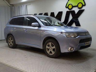 käytetty Mitsubishi Outlander P-HEV Instyle