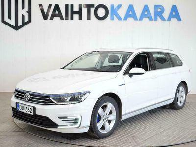 käytetty VW Passat Variant GTE 1.4 TSI DSG-Aut. 218hv Plug in Hybrid, Adaptiivinen vakionopeudensäädin, vetokoukku.