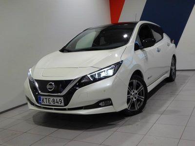 käytetty Nissan Leaf Tekna 40 kWh 2-tone FI (MY18.1) *2,95% Korko + kulut*