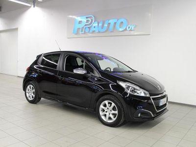 käytetty Peugeot 208 Style VTi 82 5-ov - Korko 1,69 % ja kasko -25% - 1.erä huhtikuussa!