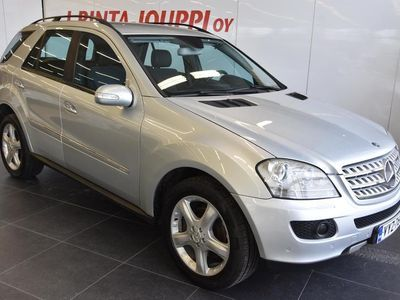 käytetty Mercedes ML320 CDI 4Matic Business ### NORMAL FRIDAY -hinta! ###** Airmatic / Xenon / Koukku / Lohkolämmitin **