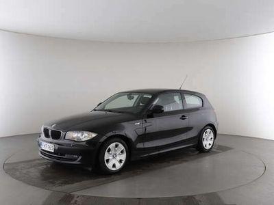 käytetty BMW 116 1-sarja d E81 Hatchback 3-ov Business - YHTEYDENOTOT : LAURI KOHONEN 040 740 9598 / JARMO MÄKINEN 050 412