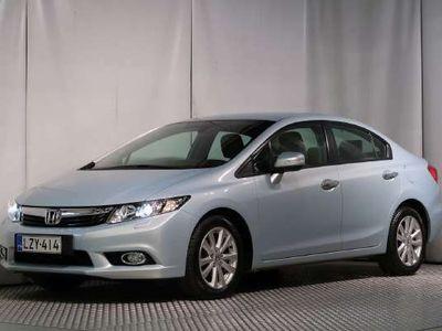 käytetty Honda Civic 4D 1,8i Executive AT / WEBASTO / PERUUTUSKAMERA / SIISTI!