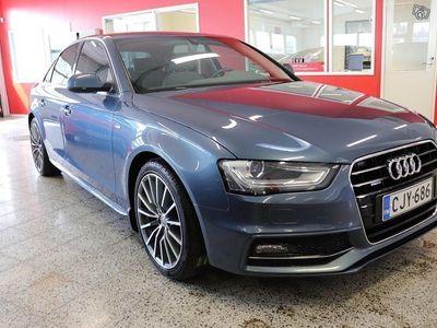 käytetty Audi A4 Land of quattro Edition 2,0 TDI110 kW / S-LINE / WEBASTO / ALCANTARA / XENONIT / SUOMI-AUTO
