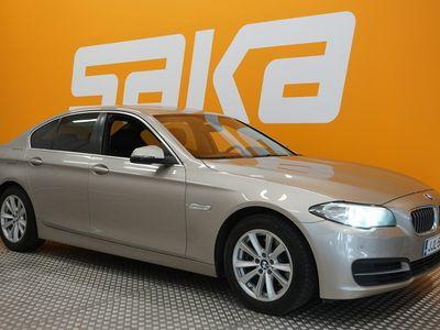 käytetty BMW 520 520 F10 Sedan i TwinPower Turbo A Business Automatic ** 1-om. Suomi-auto / Lämmitettävä ratti / Tutkat / Xenon-va...