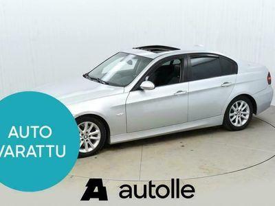käytetty BMW 328 328 i Sedan ### NORMAL FRIDAY -hinta! ### ** Hifi / Lasikattoluukku / Nahkasisusta / Navi / Sähköpenk