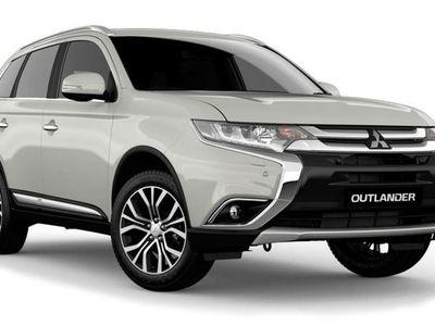 käytetty Mitsubishi Outlander P-HEV Invite 4WD 5P