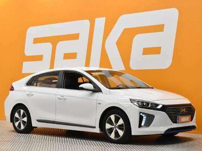 käytetty Hyundai Ioniq plug-in DCT Premium ** ASCC / Smart Key / Infinity Sound System / AndroidAuto & AppleCarPlay / LED-ajovalot / ALV / Navi **