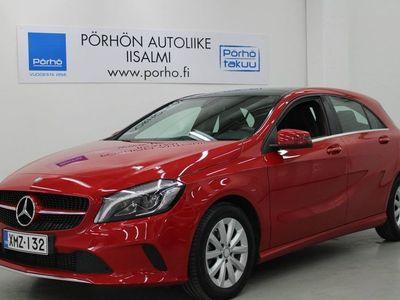 käytetty Mercedes A180 Premium Business Summer Edition **AVATTAVA LASIKATTO** **PERUUTUSKAMERA**