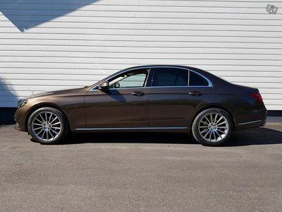 käytetty Mercedes E220 W213 * seuraava kats. 5/21 * Suomi-auto