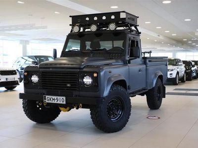 käytetty Land Rover Defender 110 HCPU Huippusiisti, LED ajovalot, Eberbärcer, Lavakate, Äänieristys, Pioneer soitin, Vetokoukku