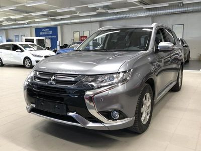 käytetty Mitsubishi Outlander P-HEV Intense 4WD 5P