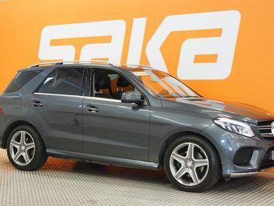 käytetty Mercedes GLE350 d 4Matic AMG-STYLING ** Webasto / Airmatic / Panorama / Sport-istuimet / Kamerat / HUIPPUVARUSTE