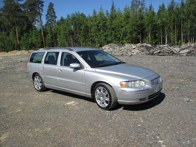 käytetty Volvo V70 D5 Classic