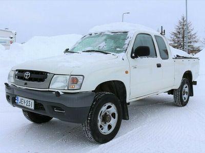 käytetty Toyota HiLux 2.5 D4D 100 4wd***LÖYTÖPIHA***