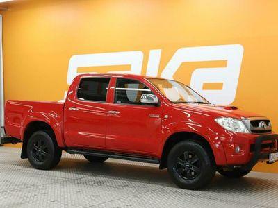 käytetty Toyota HiLux Double Cab 3,0 D-4D 4WD 171 SR Black Edition /