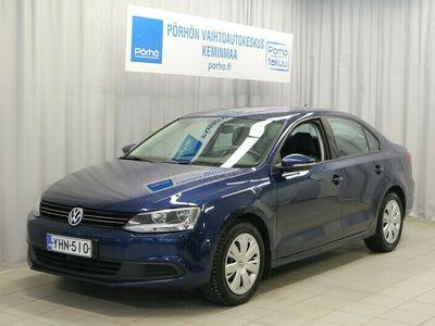 käytetty VW Jetta Comfortline 1,6 TDI BlueMotion Tech DSG TOIMITUS KOTIIN VELOITUKSETTA