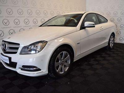 käytetty Mercedes C180 BE Coupé - Korko 1,89%, Rahoitus jopa ilman käsirahaa! Sporttipenkit, P-tutkat, Bluetooth!
