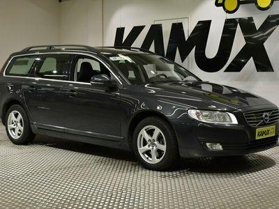 käytetty Volvo V70 D2 Kinetic Aut / Merkkihuollettu / Vetokoukku / Navi / Adaptiivinen vakkari /