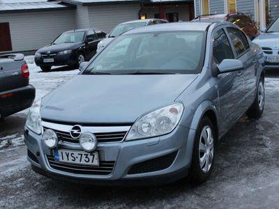 käytetty Opel Astra Sedan (AA) 4ov 1.8
