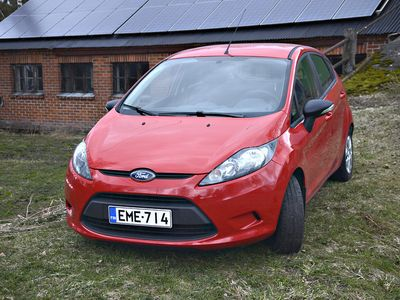 käytetty Ford Fiesta 1,25 60 hv Trend M5 5-ovinen