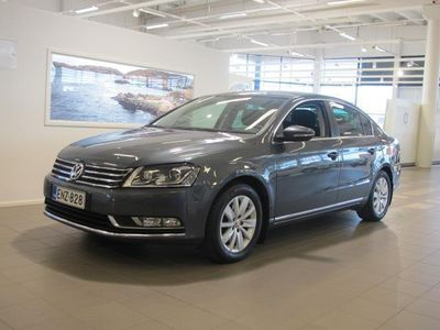 käytetty VW Passat SEDAN LUXLINE 1.6 TDI 77 KW (105 HV) BLUEMOTION TE