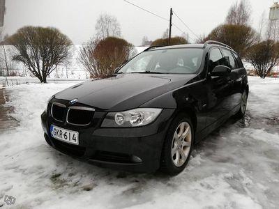käytetty BMW 320 i e91 *KATSASTETTU 13.12.19*NAVI*PANORAAMA*