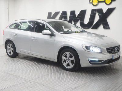 käytetty Volvo V60 D4 AWD Business **WEBASTO, NAVI, VETOKOUKKU, MERKKIHUOLLETTU**