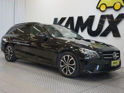 käytetty Mercedes C220 d T A 9G-TRONIC Avantgarde / Lisälämmitin / Night-paketti / Hierovat penkit / Navi / CarPlay / Katso kaikki varusteet! /