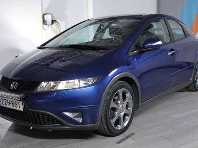 käytetty Honda Civic 1,4i Comfort Business 5d RAHOITUSKORKO TÄHÄN AUTOON VAIN 1,9%+KULUT!