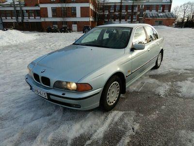 käytetty BMW 523 i 4d