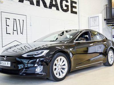 """käytetty Tesla Model S 75D / Panorama / Gen.2.penkit / / Autopilot / Ilmajousitus / 19"""" vanteet / Täys.nahka / Kamera / Jn"""