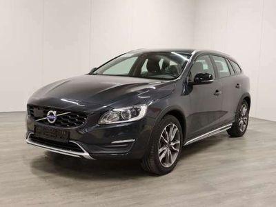käytetty Volvo V60 CC D4 Awd Summum - Tulossa myyntiin, kysy tarjous jo nyt!