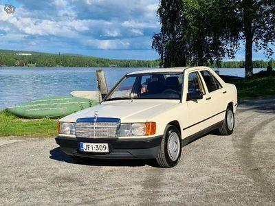 käytetty Mercedes 190 2,0 (vm.1983, museorekisterissä)