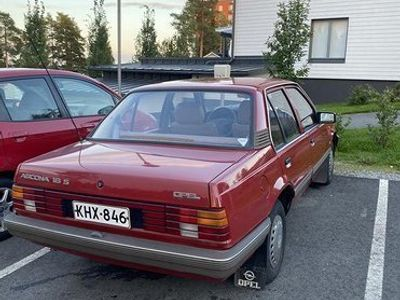 käytetty Opel Ascona 1.6 -85vm 114tkm VAIHTO