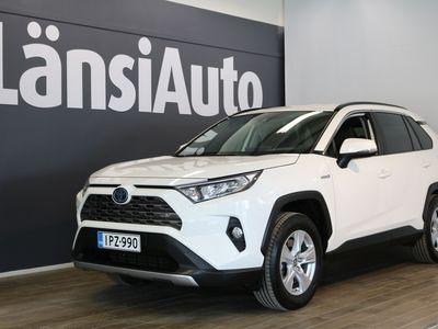 käytetty Toyota RAV4 2,5 Hybrid AWD-i Active **** LänsiAuto Safe -sopimus hintaan 590e ****