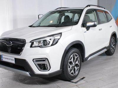 käytetty Subaru Forester 2,0i e-Boxer Base CVT RAHOITUSKORKO TÄHÄN AUTOON 1,9%+KULUT