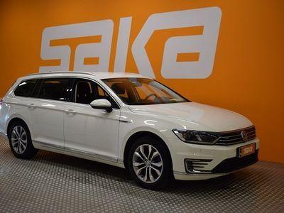 käytetty VW Passat Variant GTE Plug-In Hybrid 160 kW (218 hv) DSG-automaatti ** ALV / LED / Adapt.Cruise / Koukku / App