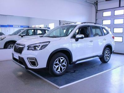 käytetty Subaru Forester 2,0i e-Boxer Base CVT - * KORKO 0,99% + KULUT * AJAMATON AUTO *