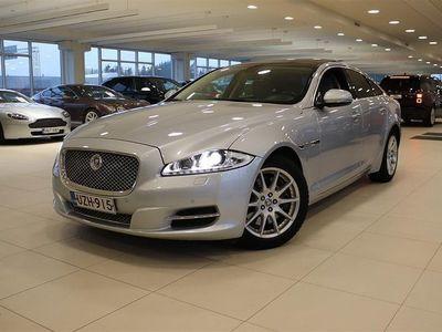 käytetty Jaguar XJ Luxury 3,0 V6 Diesel, Keyless, Panorama, Navigointi, Bluetooth, Juuri huollettu