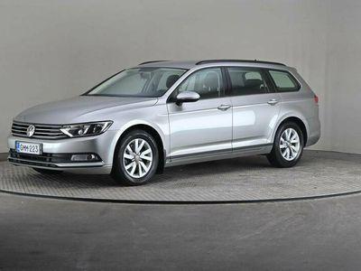 käytetty VW Passat Variant Trendline 1,4 TSI 92 DSG -Mukautuva vakkari, Webasto-
