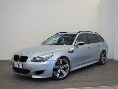 käytetty BMW M5 E61 Touring LCI / Professional Navi / Aktiiviset istuimet / Hud näyttö / Panorama