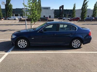 gebraucht BMW 325 i 4d e90