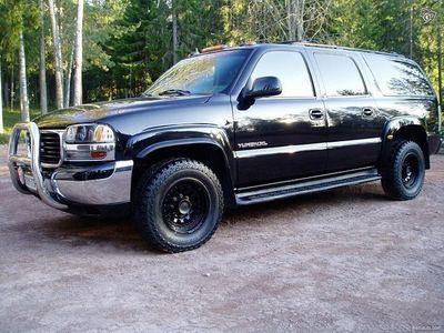 käytetty Chevrolet Suburban GMC YUKON XL * QUADRASTEER * NELIPYÖRÄOHJAUS * ALVILLINEN *