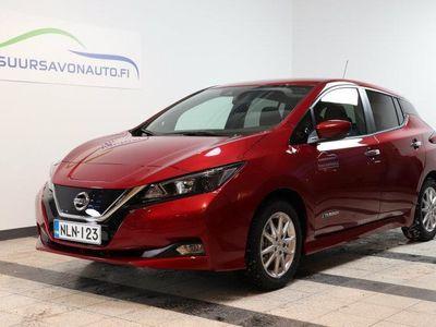 käytetty Nissan Leaf Acenta 40 kWh Driver Assist Pack **UPEA PUNAINEN - ETU- JA TAKAKAMERAT/NAVI/KULJ AVUSTINJÄRJESTELMÄ